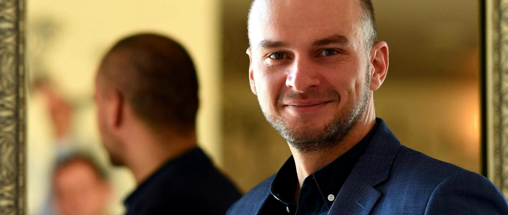 """Tânărul consultant politic Andrei Cazacu, pe lista PNL Iași la Senat: """"Acum 13 ani am ales să ies din zona de confort și să lupt pentru ceea ce cred"""""""