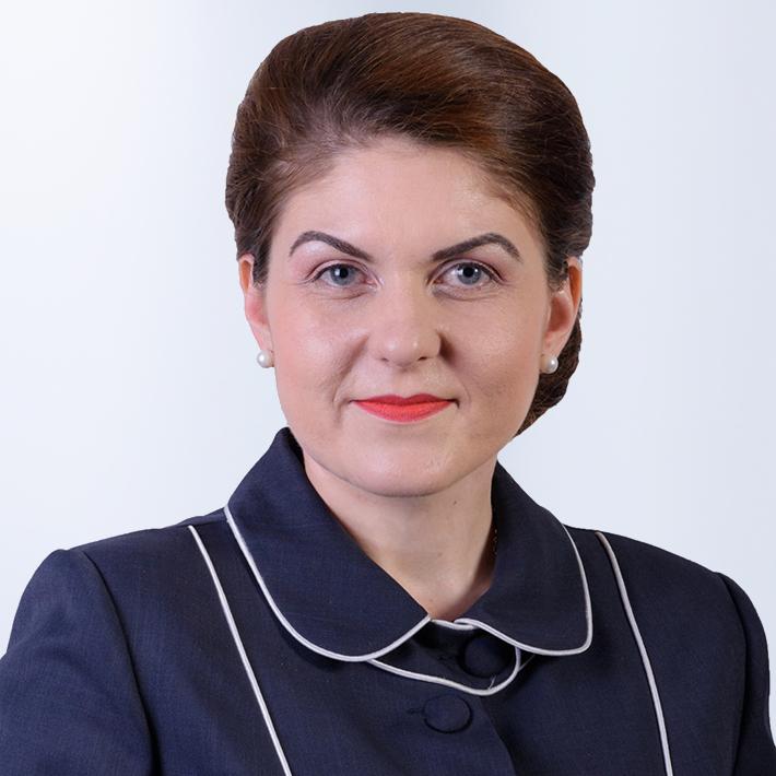 Alina Apostol