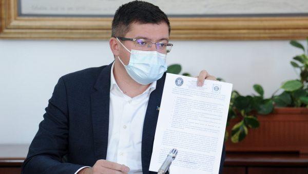 """Costel Alexe: """"Opt nereguli majore la spitalul mobil de la Lețcani pe care Maricel Popa le va deconta. Nu se poate ascunde în spatele imunității parlamentare!"""""""