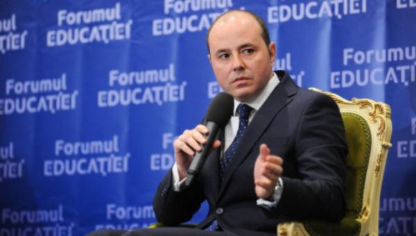 """Alexandru Muraru: """"Avem cel mai inechitabil sistem educaţional din întreaga arie europeană. Copiii din rural au șanse mult mai mici decât cei din urban"""""""