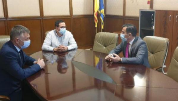 Primarul comunei Valea Lupului, întâlnire cu ministrul Dezvoltării pentru promovarea proiectelor locale